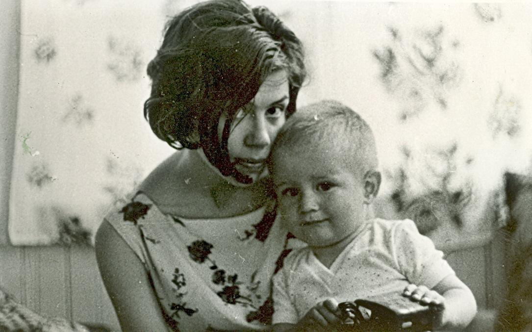 андрей с мамой 2